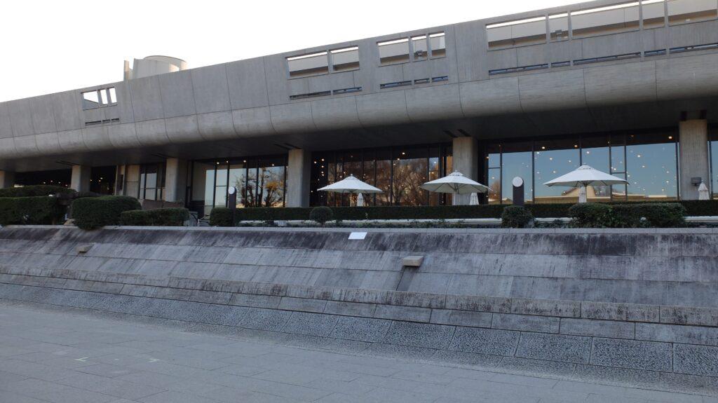 東京文化会館横