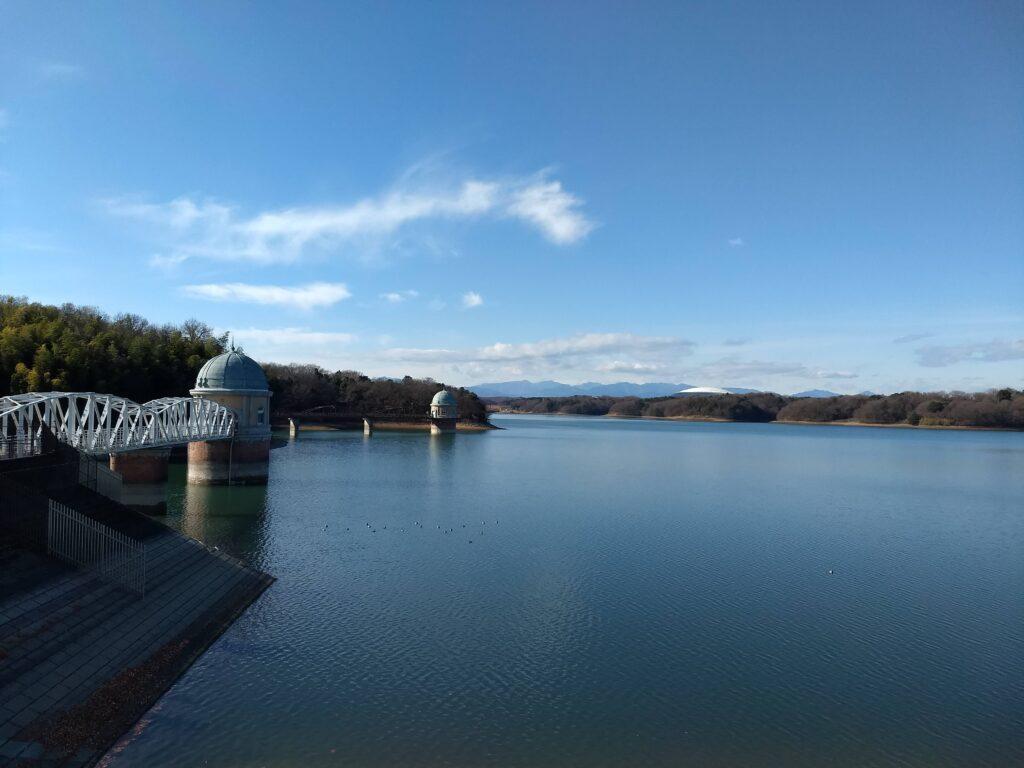 多摩湖 左岸