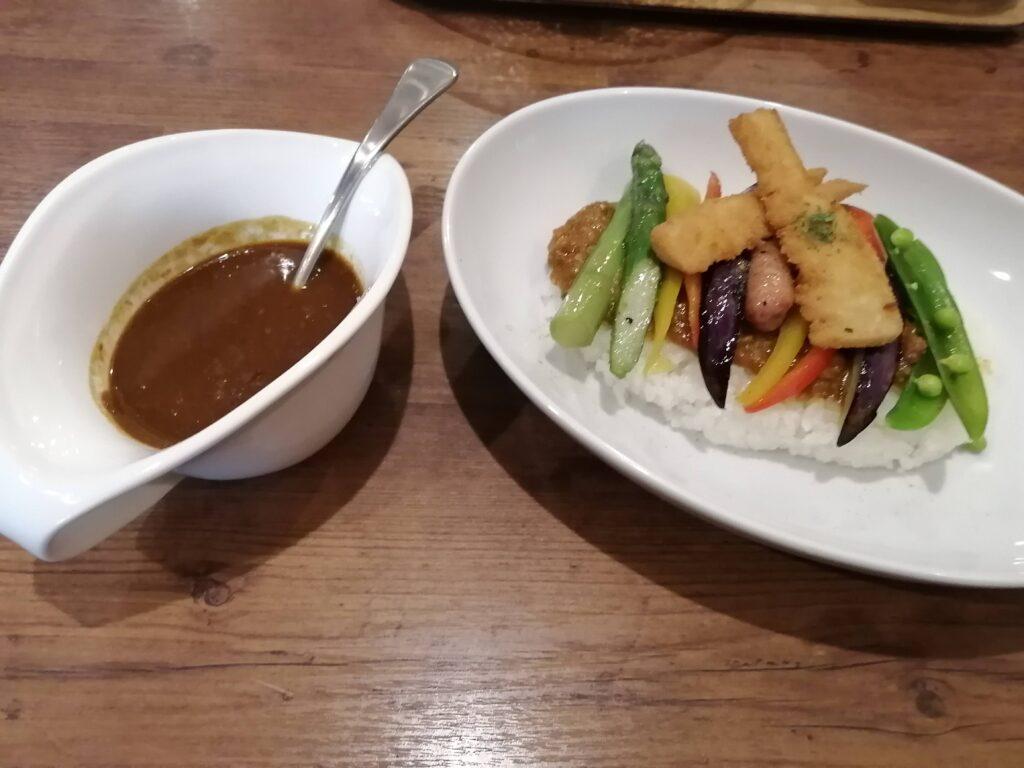 筍と春野菜のWカレー ~ビーフ&キーマ~