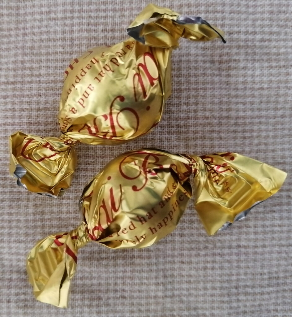 ホワイトチョコボール(アップル風味) 個包装